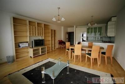 Rent of elegant, fully furnished apartment, Tibetská st., Prague 6