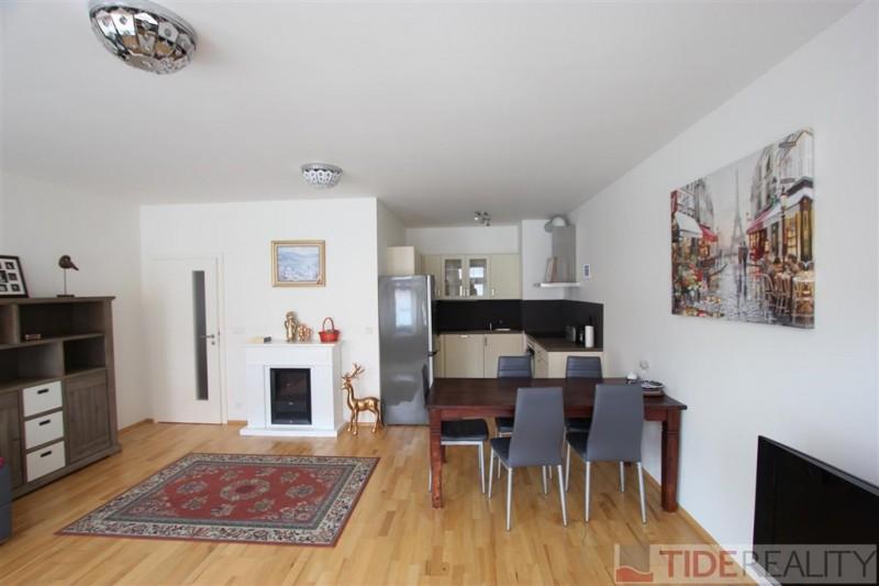 Modern, fully furnished apartment with garage, Prague 4, Braník