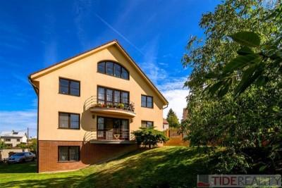 Prodej rodinného domu s 3 bytovými jednotkami, ul. Ke Srážku, Praha 4