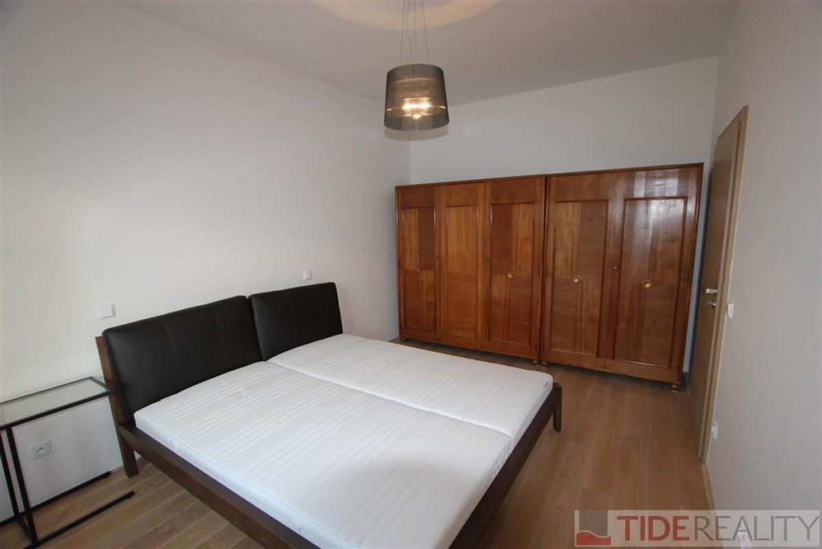 Prostorný, zařízený byt 3+kk, Praha 4, Krč, Nová cesta
