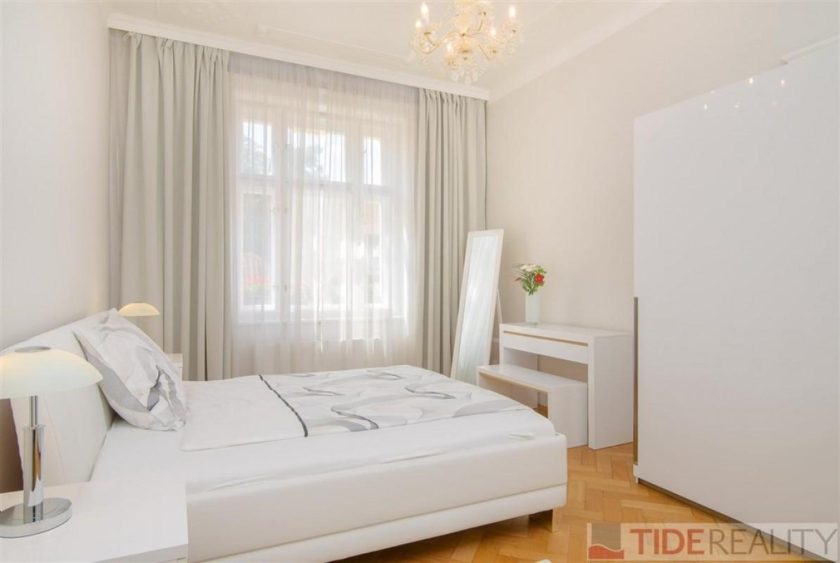 Mimořádný byt 4+1, 140 m2, Štupartská, Praha 1