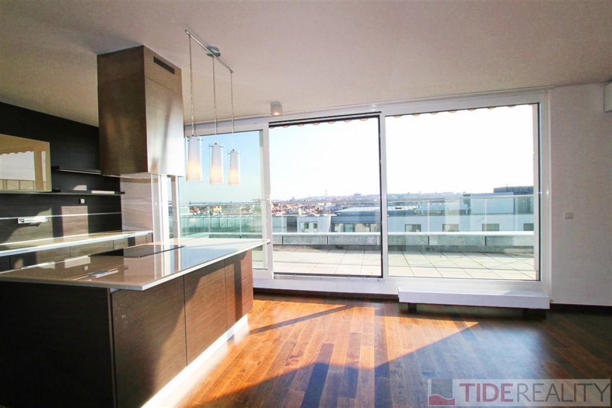 Pronájem mimořádného, luxusního bytu s krásným výhledem, 5+ kk, 240 m2, Karla Engliše, Smíchov, Praha 5