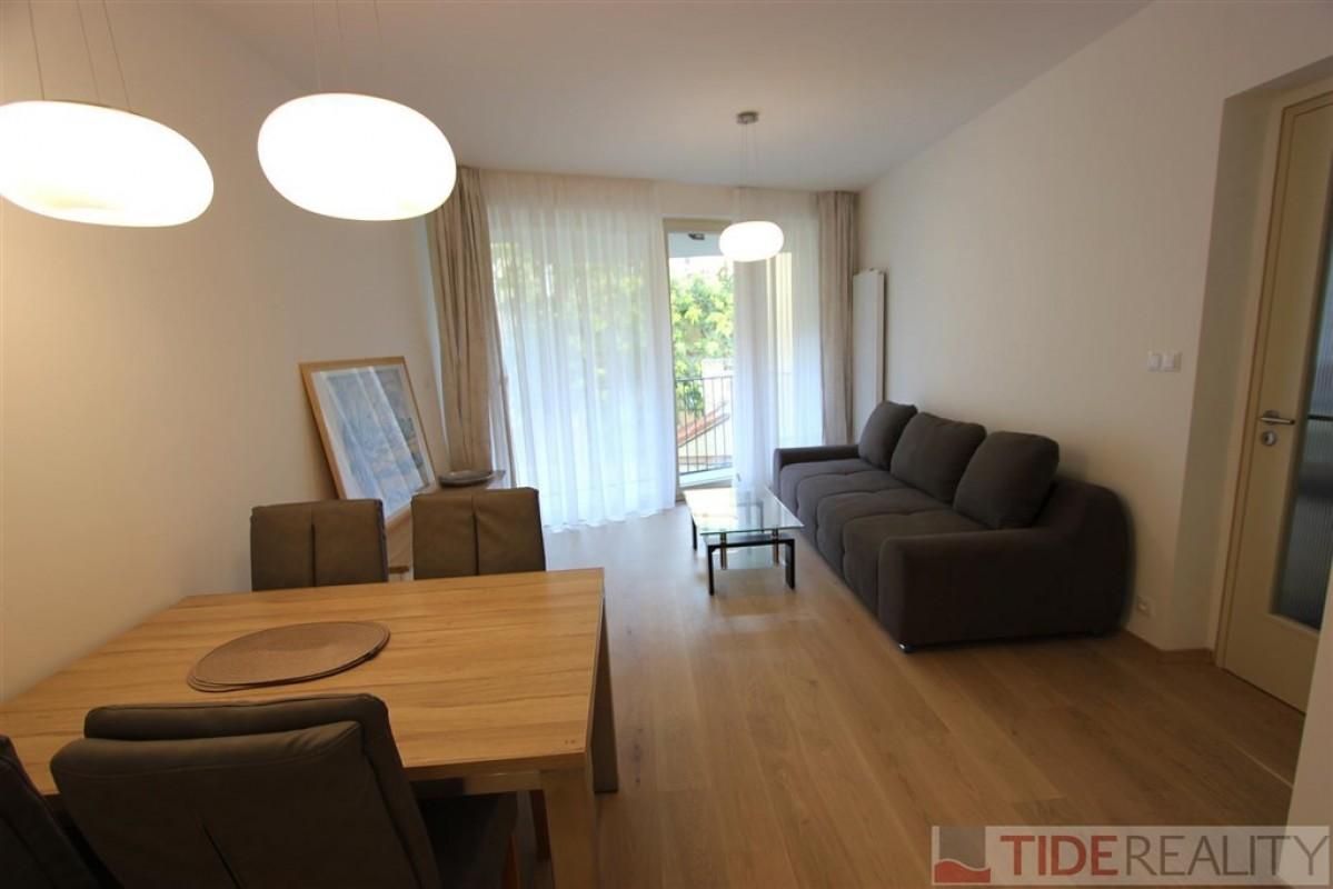 Pronájem klidného bytu 2+kk v centru, Praha 1, Krakovská ul.