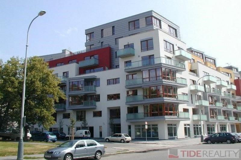 Pronájem moderního bytu v novostavbě, Nedvědovo náměstí, Podolí