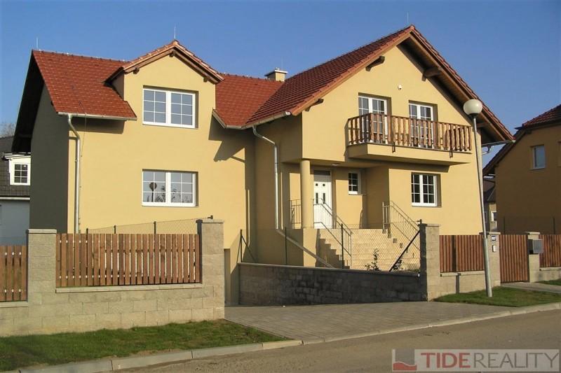 Pronájem vily, 260 m2, Pod Valem II, Průhonice, Praha 4