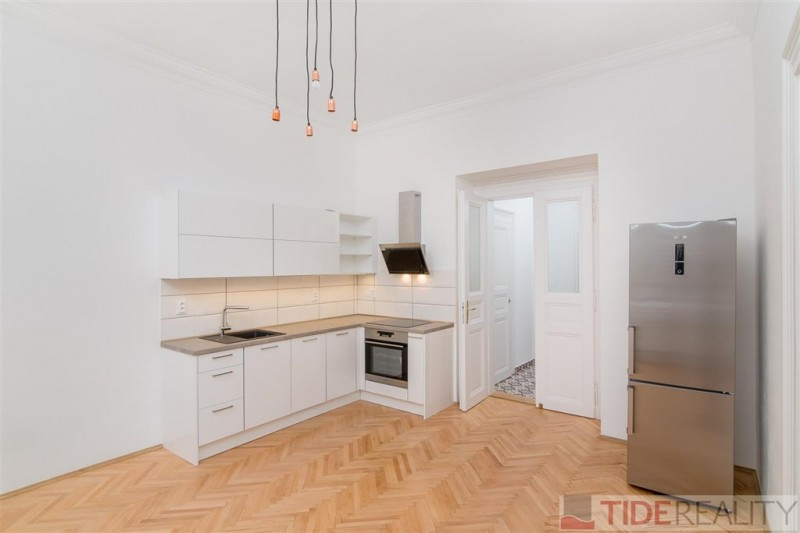 Rent of reconstructed apartment in Vinohrady, Praha 2, Wenzigova str.