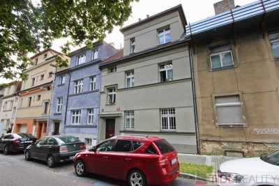 Newly refurbished two level apartment in villa, Ve Střešovičkách st., Prague 6