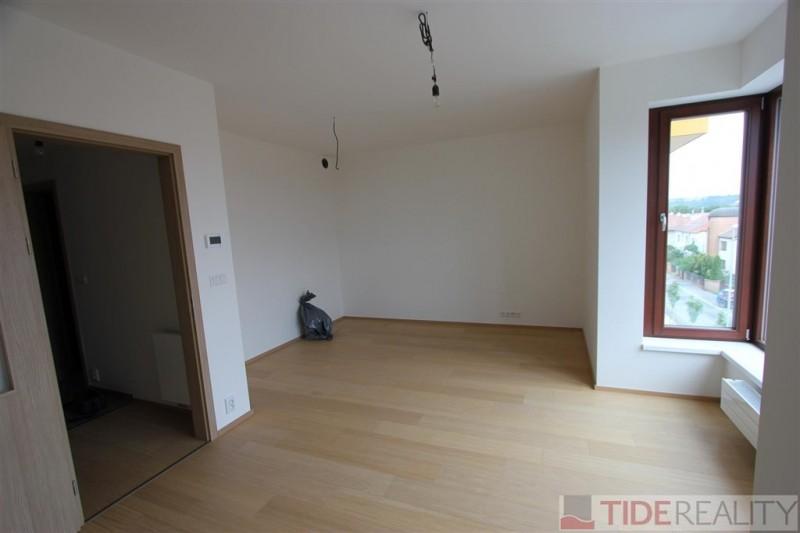 Pronájem bytu v novostavbě, 2+kk, Praha 5, Naskové