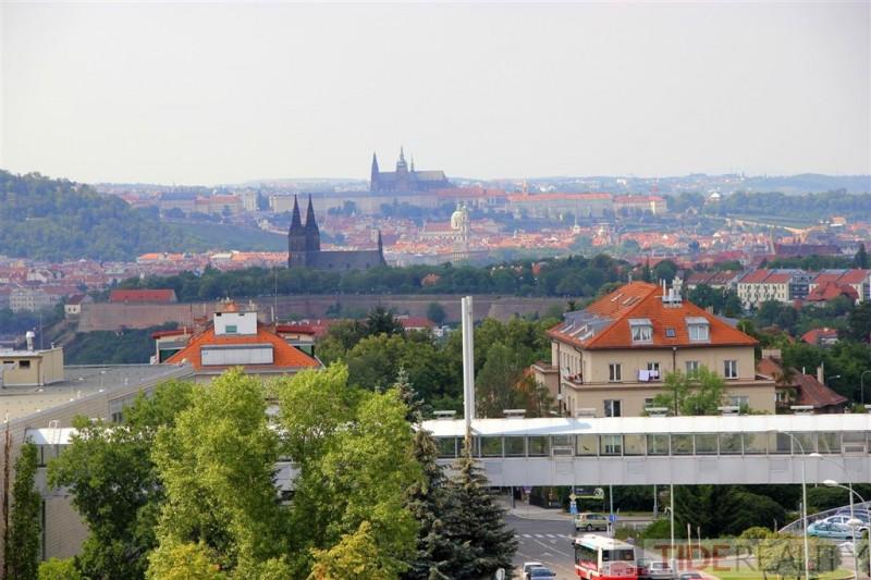 Byt 2kk, Praha 4, Rezidence Kavčí Hory, moderní nadstandardní  bydlení  s nádechem luxusu a vzdušnosti.
