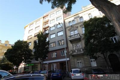 Luxusní, zařízený byt na pronájem, 1+kk, Praha 3,  Řipská ul.