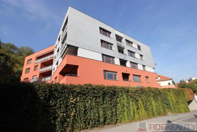 Rent of modern apartment 2+kk with garden, Praha 5, Ke Klimentce