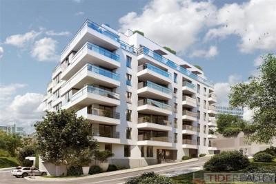 Luxusní byt 2+kk 70 m2 s terasou 20 m2 v novostavbě Praha 4, Pod Děkankou