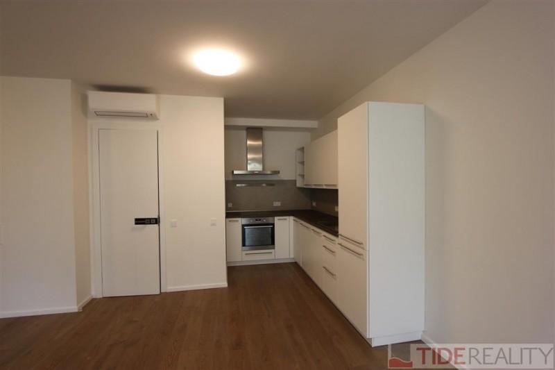 Rent of bright, spacious apartment 2+kk in new building Praha 4, Pod Děkankou