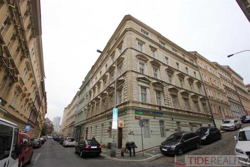 Pronájem zařízeného bytu 3+kk Praha 2, Vyšehrad, Neklanova 20