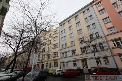 Pronájem útulného bytu 2+1, Praha 2, Moravská ul.