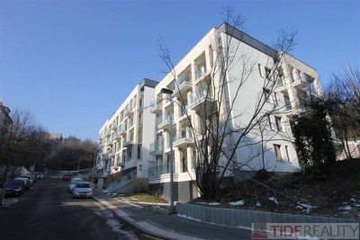 Prostorný byt 2+kk v novostavbě, Praha 5, Smíchov, U Nikolajky