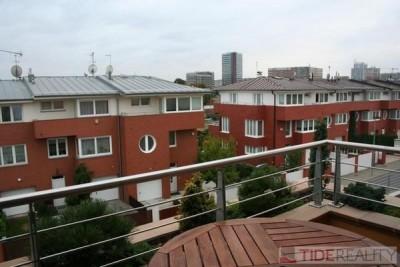 Pronájem krásného moderního  bytu v novostavbě, 3+kk, 98 m2, terasa, U dětského hřiště, Praha 5