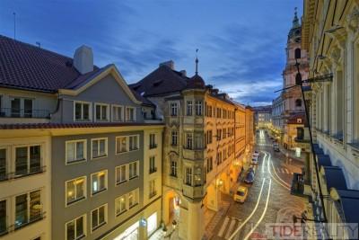Pronájem úchvatného, stylového bytu na Malé Straně, Malostranské náměstí, Praha 1