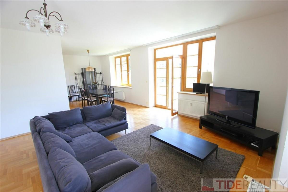 Příjemný byt 4+1 v areálu Hvězda, 150 m2