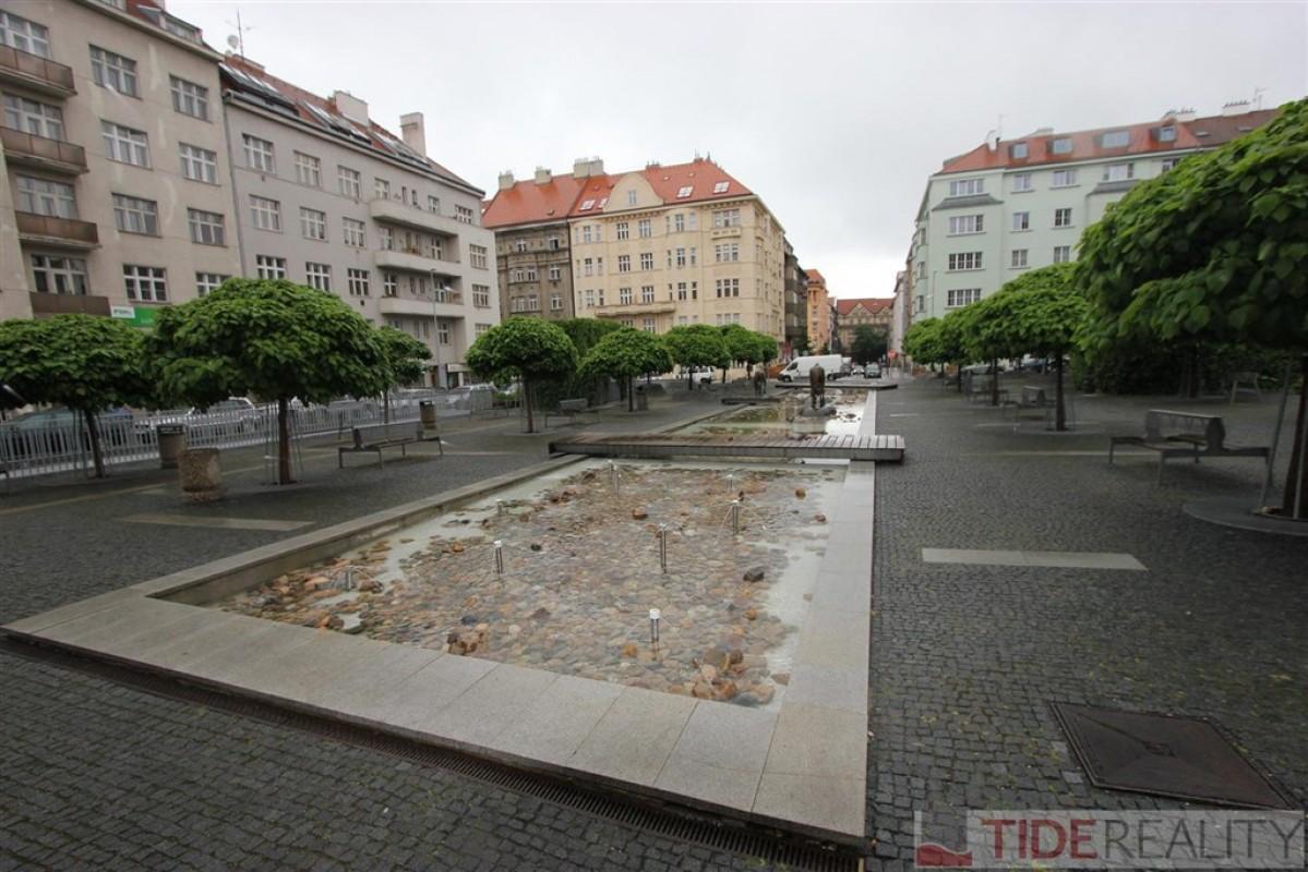 Pronájem krásného, moderně zařízeného bytu 2+kk, Praha 6, Wuchterlova ul.