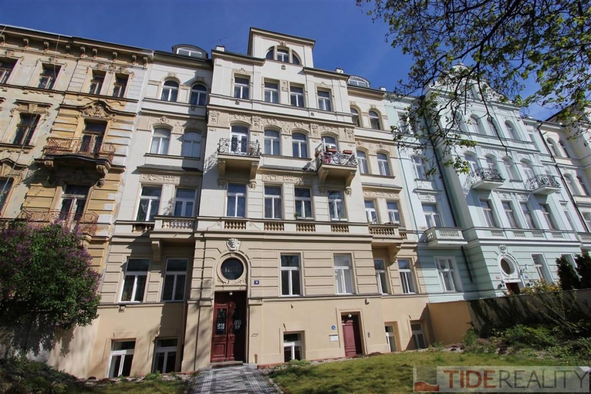 Nově rekonstruovaný byt na Vinohradech - Dykova ul.