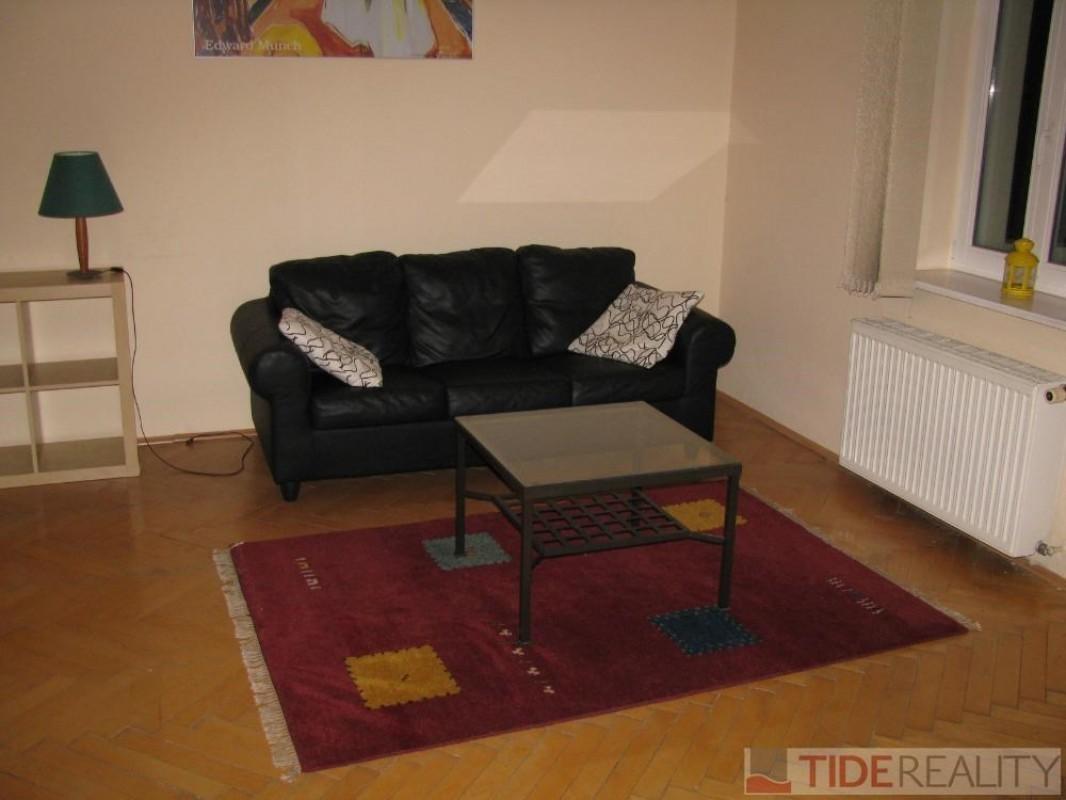 Pronájem klidného bytu s výhledem do parku, Chopinova, Vinohrady, Praha 2