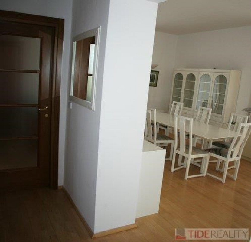Pronájem klidného bytu v krásné vile, Praha 5, Jinonice, Klikatá ul.