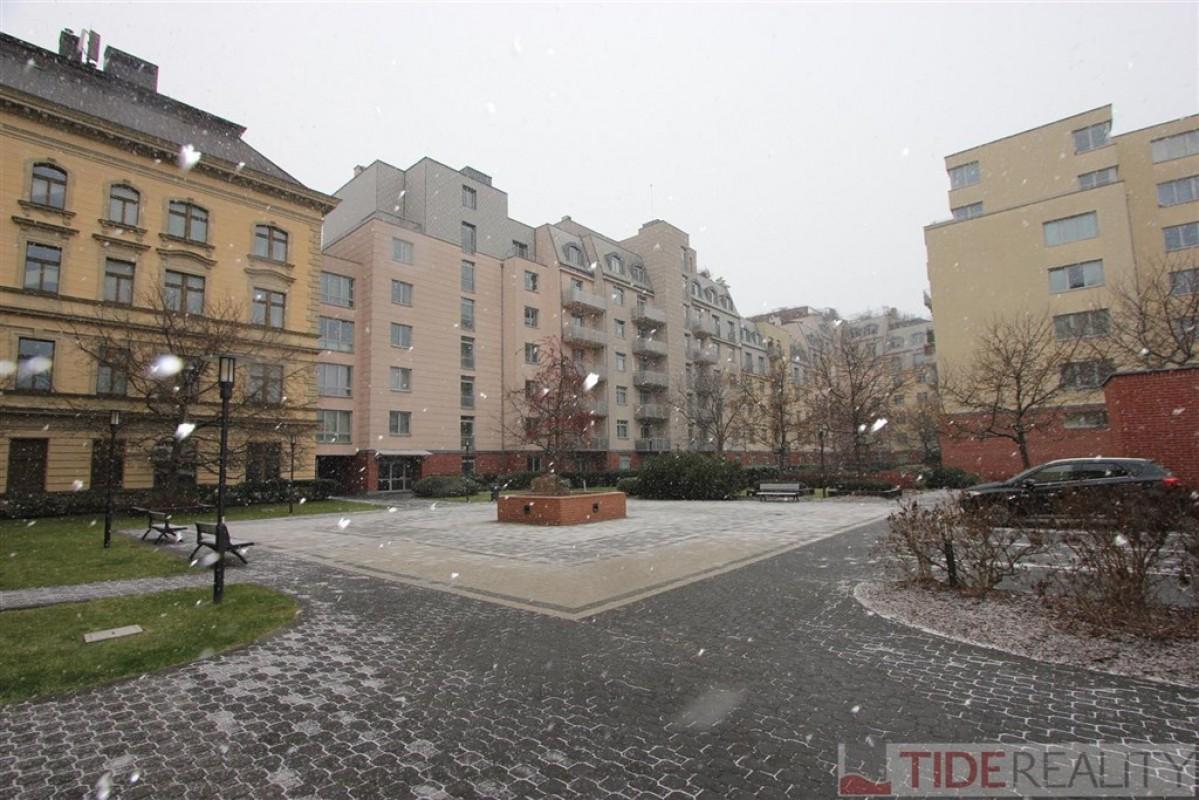 Pronájem bytu 2+kk v rezidenci Zvonařka, Praha 2, ul. U Zvonařky