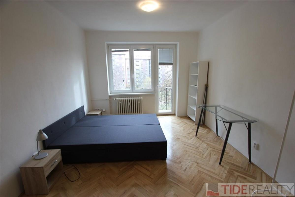 Pronájem hezkého, útulného bytu 2+kk, Praha 10, nám. Sv. Čecha