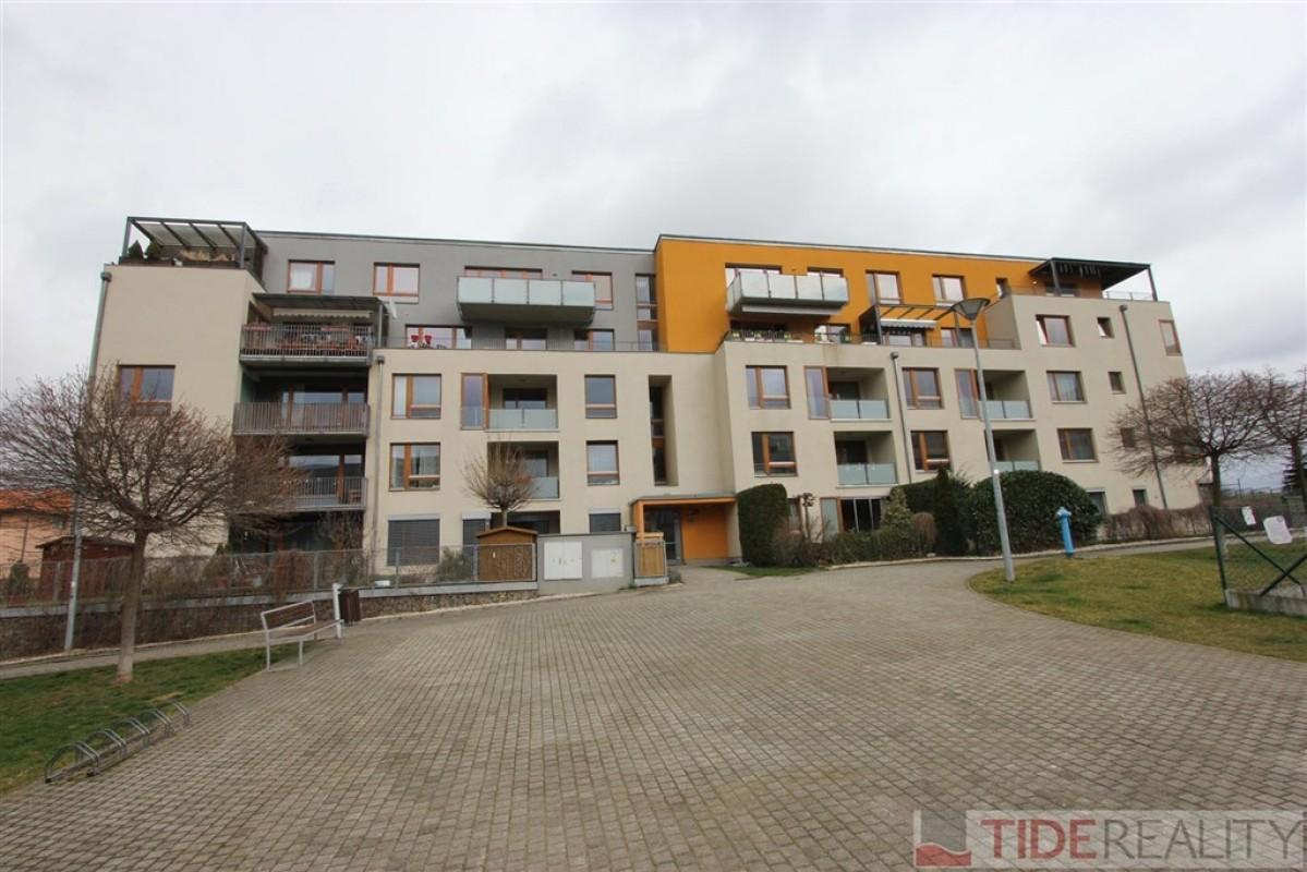 Pronájem zařízeného bytu 2+kk, Praha 5, Anny Rybníčkové