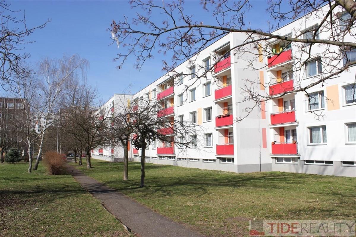 PRODÁNO. Slunný byt 2+1, OV, Milady Horákové, Hradec Králové