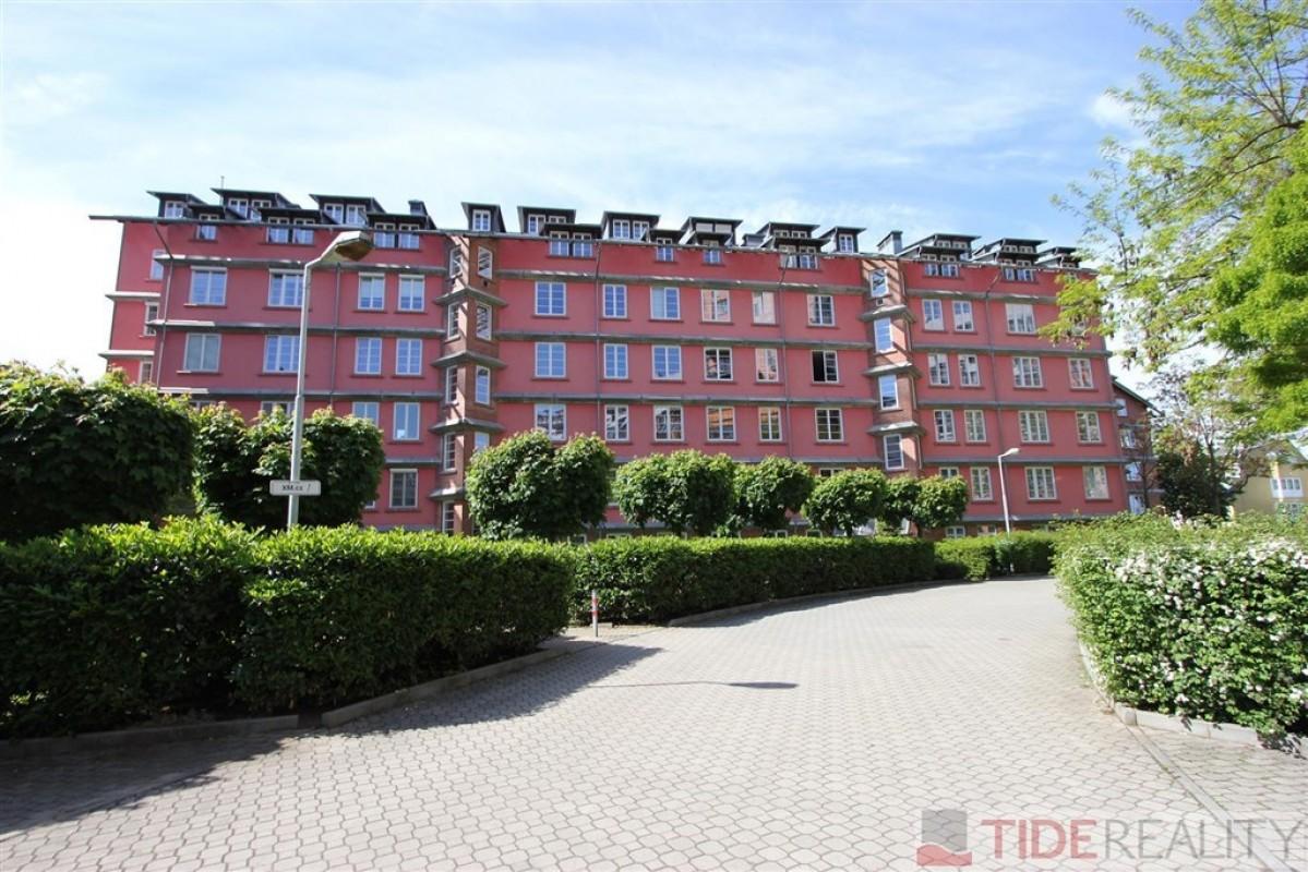 Pronájem zařízeného bytu v komplexu Hvězda, Pláničkova, Veleslavín