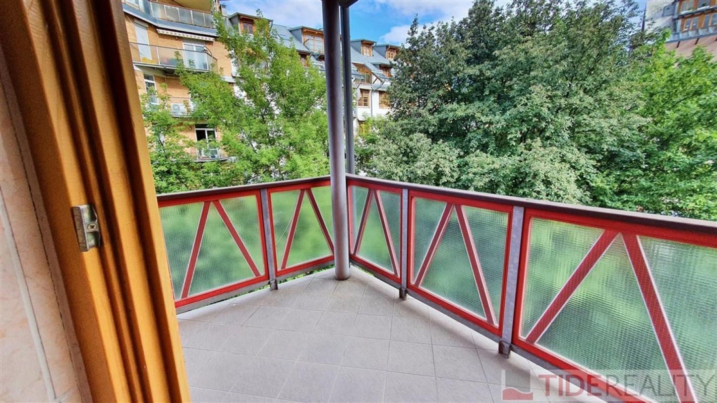 Rent of spacious, attractive apartment in Hvezda complex, Na Okraji st., Prague 6