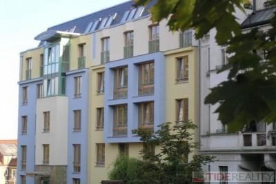 Rent of modern apartment with terrace, Švédská st., Prague 5