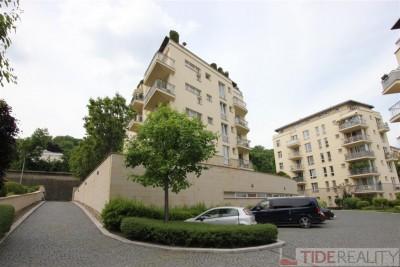Pronájem bytu 4+kk v projektu Trinity garden, Praha 5. Holečkova ul.