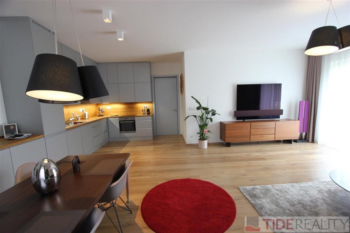 Pronájem luxusního bytu v novostavbě La Crone, Praha 6, Břevnov, Skokanská ul.