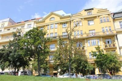 Rent of calm apartment in Vinohrady area, Slovenská st., Prague 2