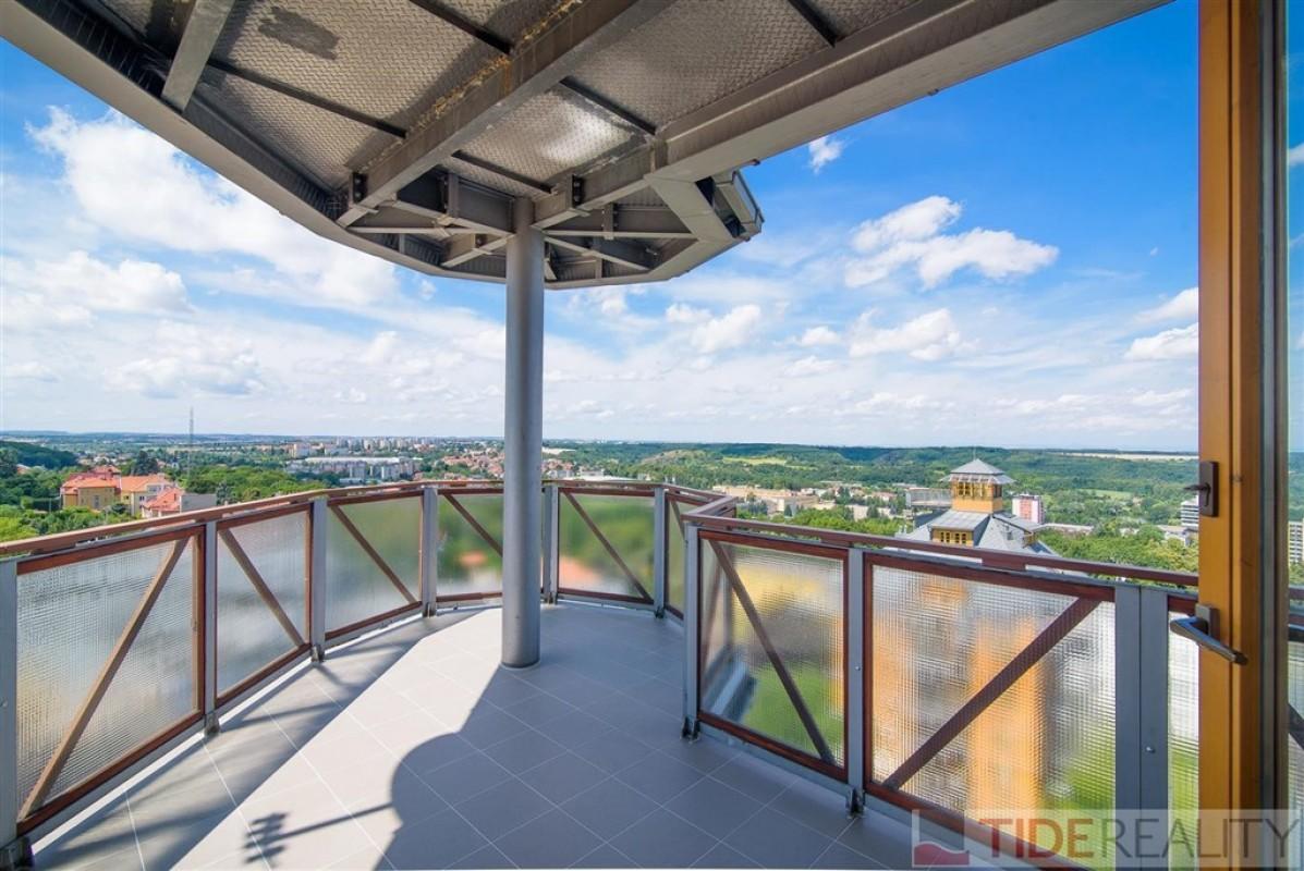 Velkorysý byt 4+kk s výhledem, 3 terasy, Petřiny