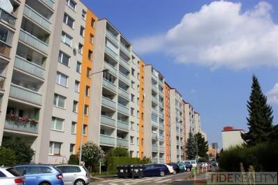 REZERVACE. Prodej bytu 1+kk po celkové rekonstrukci, 29m2, sklep, Tesaříkova, Praha 10, Hostivař