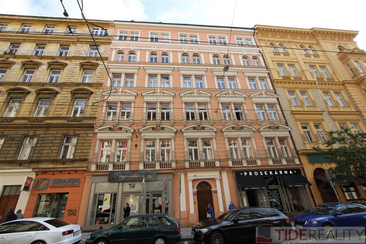 Pronájem luxusního bytu 2 +kk, Myslíkova ul., Praha 2