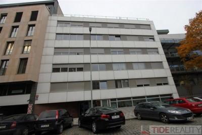 Pronájem tichého, zařízeného bytu 3+kk, Praha 5, ul. Kováků nedaleko Anděla