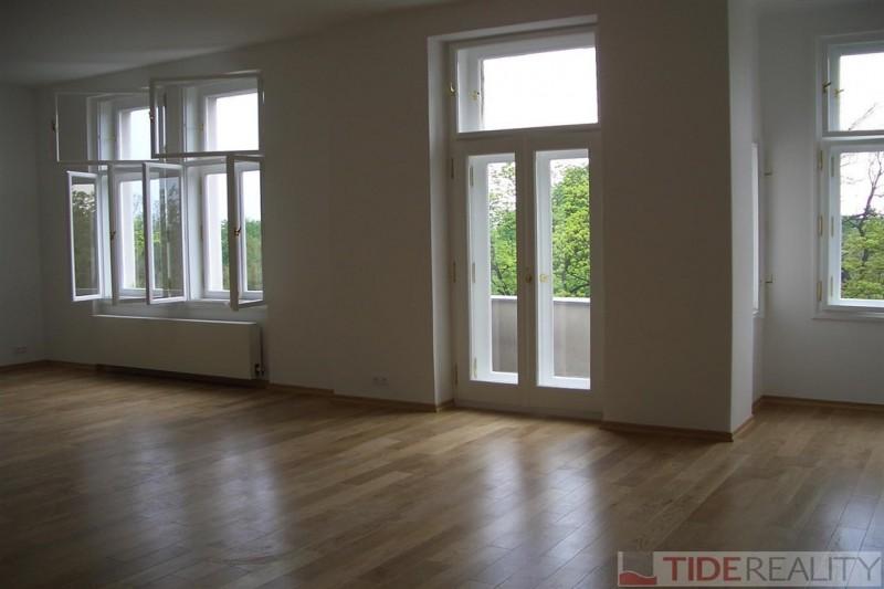 Slunný byt na Vinohradech, Chopinova, Praha 2