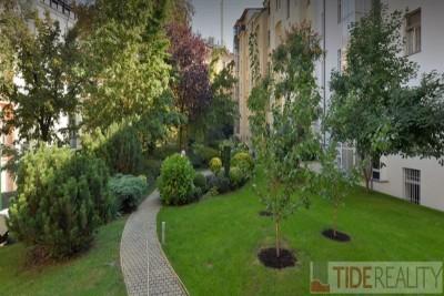 Sunny apartment in Vinohrady area, 2 bdrms, balcony, Chopinova st., Prague 2