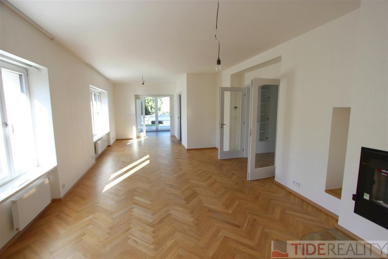 RENTED. Rent of newly renovated spacious villa 58307b862f0