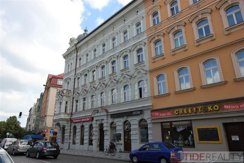Krásný byřt s terasou, Praha 7, Letenské náměstí