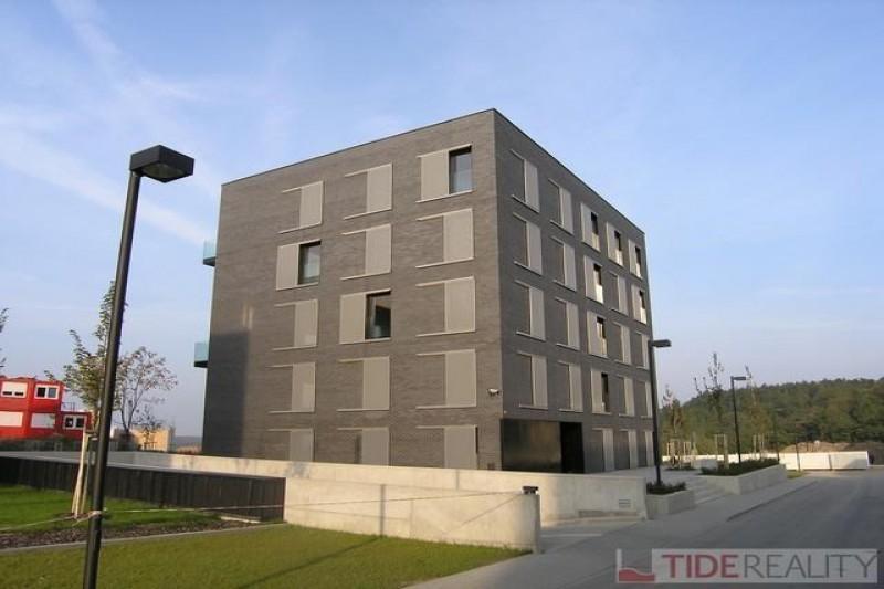 Pronájem moderního bytu v rezidenčním komplexu Na Krutci, Nobelova, Praha 6